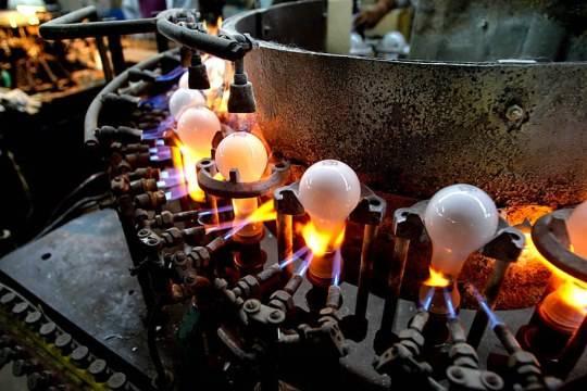 Минэнерго желает запретить лампы свыше 50 ватт