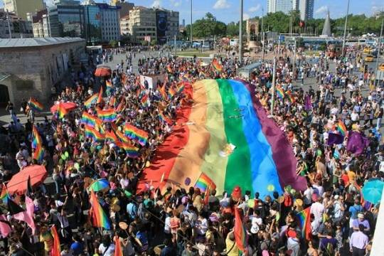 Решение мэрии Вольска в Саратовской области о запрете гей-парада ЕСПЧ не признает