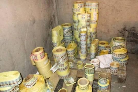 Всаратовском гараже найдено 2,5 млн поддельных акцизных марок